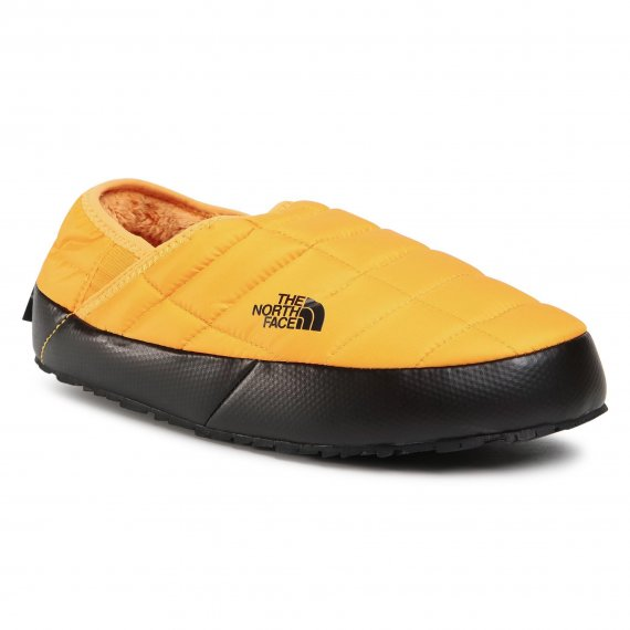 Kapcie THE NORTH FACE - Thermoball Traction Mule V NF0A3UZNZU31 Summit Gold/Tnf Black
